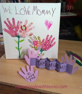we-love-mommy-handprint-car